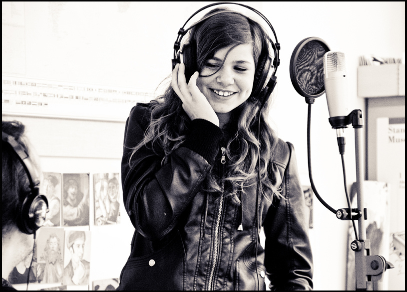 Gesangsaufnahmen für Musikvideo