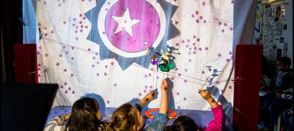 Zirkusshow als Schattentheater