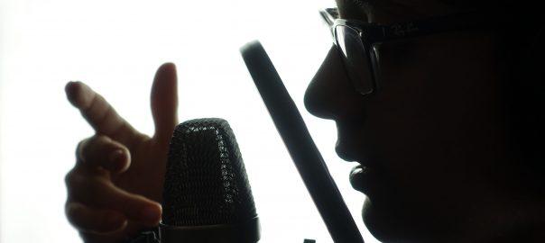 Sänger im Studio